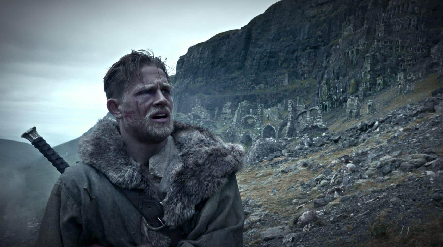 Le Roi Arthur : La Légende d'Excalibur – Critique