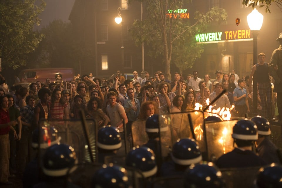 Stonewall – Critique